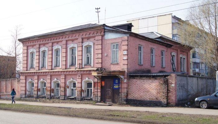 Аварийное здание бомбоубежища выставили на торги в Алтайском крае