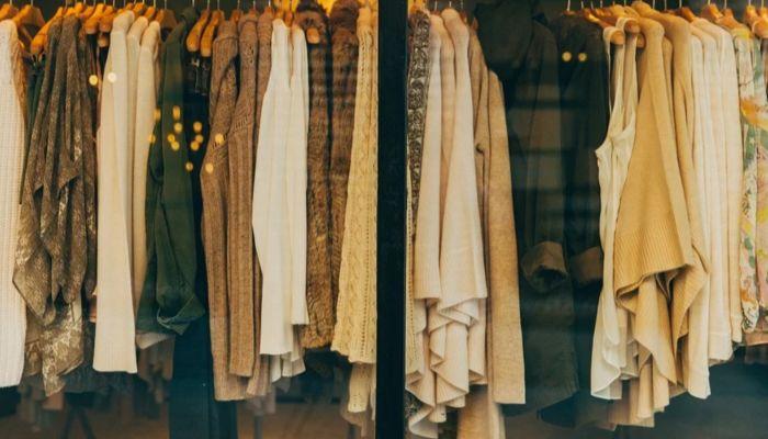В Роспотребнадзоре назвали сроки открытия магазинов одежды и обуви