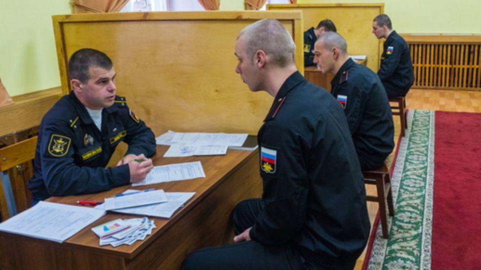 В России создали специзоляторы для больных COVID призывников