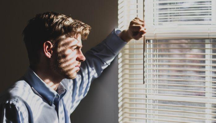 Для кого выход из изоляции станет стрессом и как это пережить: советы психолога