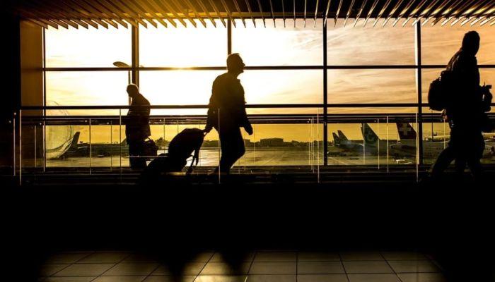 Без очередей и в перчатках: в России введут новые правила авиаперелетов