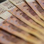 Мошенники увели 600 тысяч рублей со счетов жительницы Барнаула