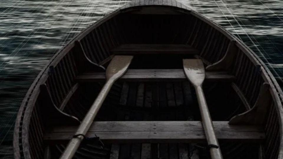 Лодка с детьми перевернулась на реке в Алтайском крае, двое погибли