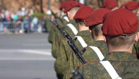 Песков рассказал, как пройдет парад Победы в Москве