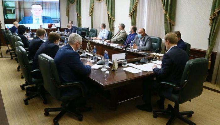 Томенко отправил десант краевых чиновников для работы в мэрии Славгорода