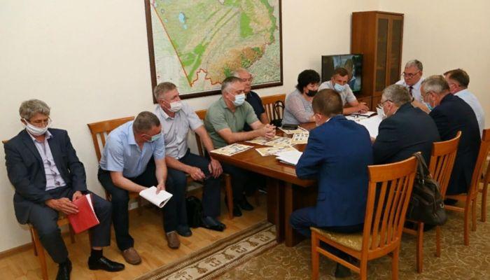 В обрушении закупочных цен на молоко в Алтайском крае обвинили перекупщиков