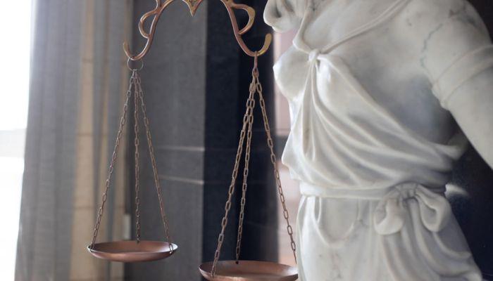 Сотрудника УФСИН на Алтае судят за жесткое ДТП, в котором погибли две женщины