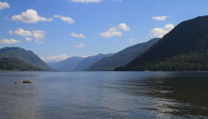 Китайцы включили Телецкое озеро в топ загадочных мест России