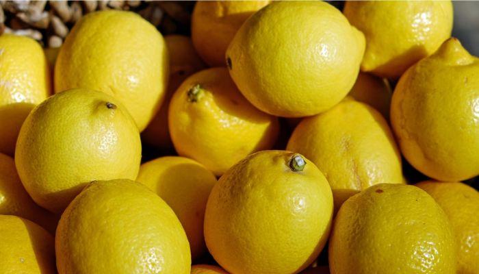 УФАС заявило о падении заоблачных цен на лимоны и гречку