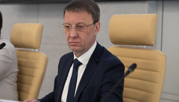 Глава Барнаула попросил горожан еще немного потерпеть ограничения