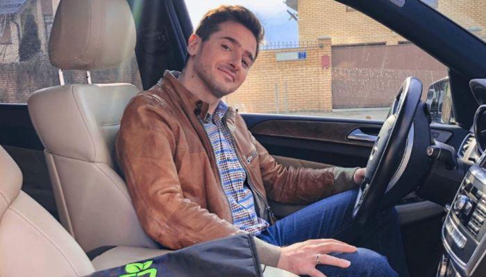 Актер Иван Стебунов опроверг сведения о том, что был в машине Ефремова