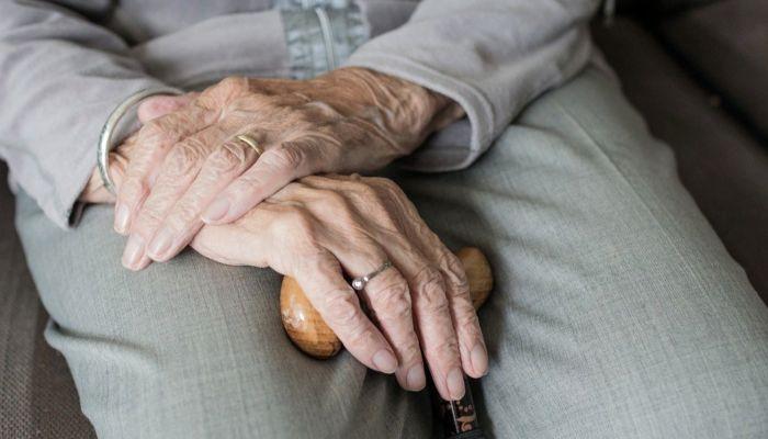 Некоторым российским пенсионерам с 1 июля повысят пенсии