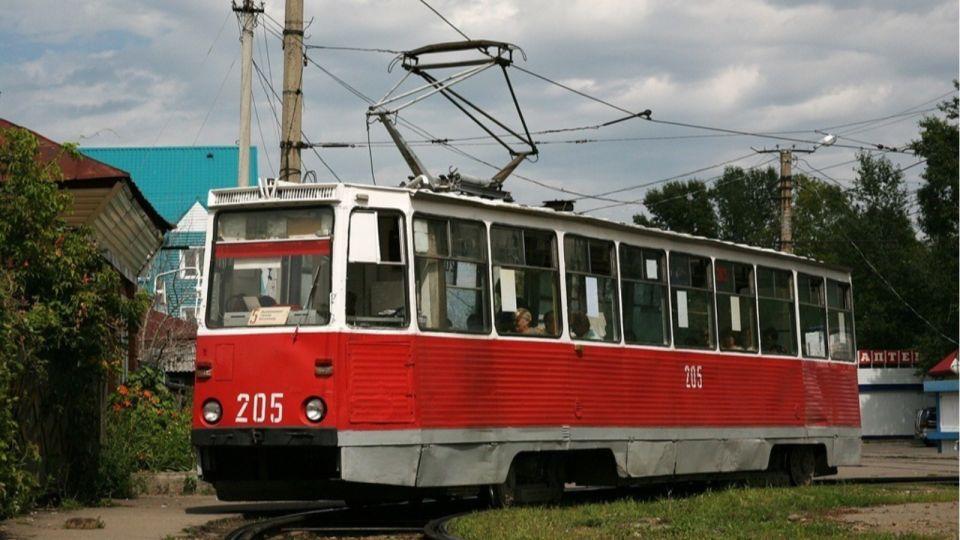 """""""Трамвайное управление"""" Бийска продает 16 вагонов, чтобы рассчитаться с долгами"""