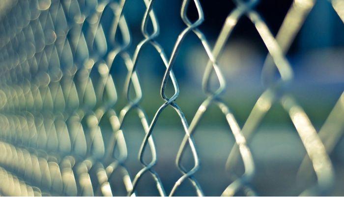 Житель Алтая отправится на 8 лет в тюрьму за изнасилование студентки