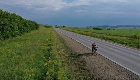 Барнаулец Игорь Рева проехал на велосипеде все алтайские города за 10 дней