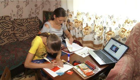 Виртуальные каникулы: онлайн-смены стартовали в алтайских лагерях