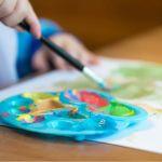 Россиянам хотят платить МРОТ за отказ от места в детсаду