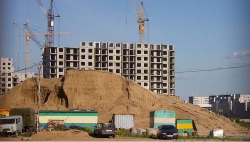 Не надо умиляться: строители и министр поспорили о вводе жилья в Алтайском крае