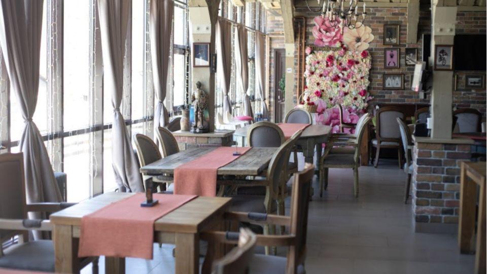 Томенко открыл на Алтае летние террасы и турбазы с 27 июня (обновлено)