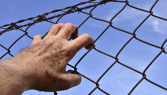 Педофил из Бийска совращал девочек, находясь в тюрьме