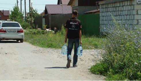 Шестые сутки: что происходит в поселке Барнаула, где до сих пор нет воды