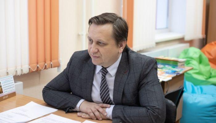 Министр Костенко пообещал как отец: дистанционной учебы с 1 сентября не будет