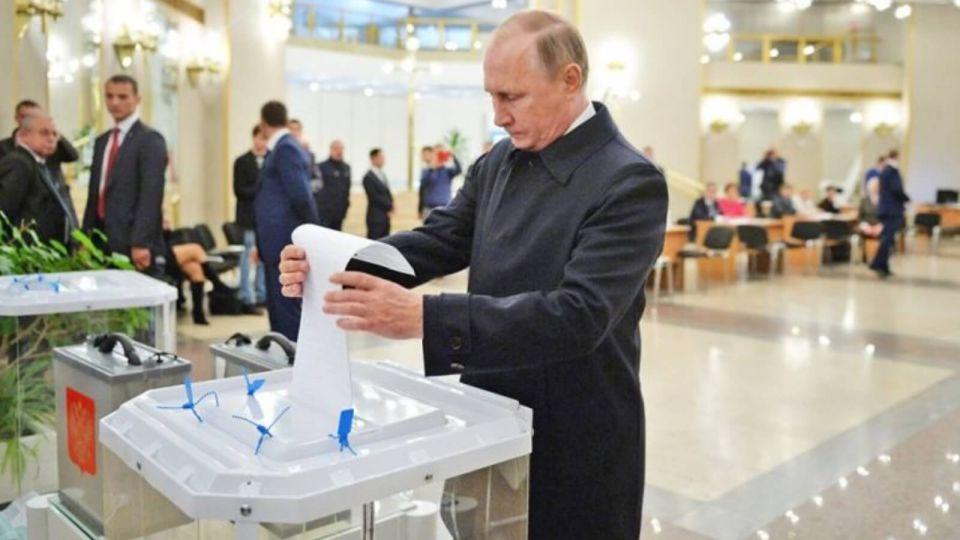 Путин и Мишустин лично проголосуют по поправкам в Конституцию на своих участках