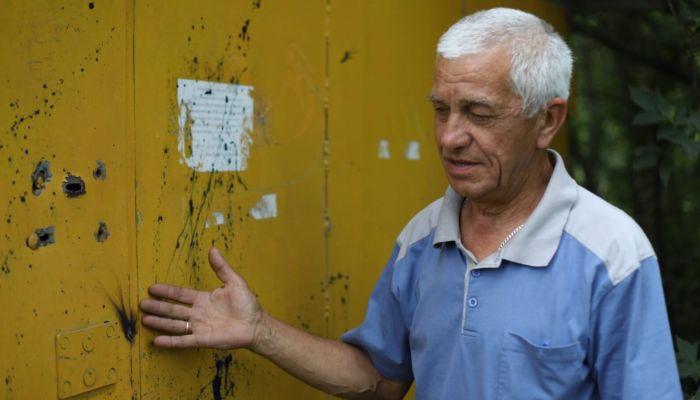 Взломали и заварили: житель Барнаула не может попасть в собственный гараж