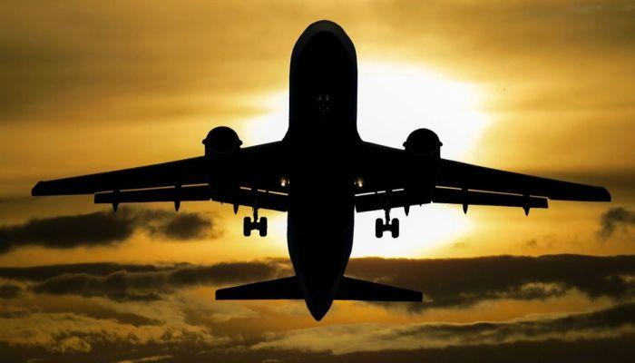Барнаульцы теперь смогут добраться до Омска на самолете