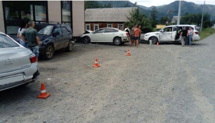 В Республике Алтай участились ДТП с участием туристов
