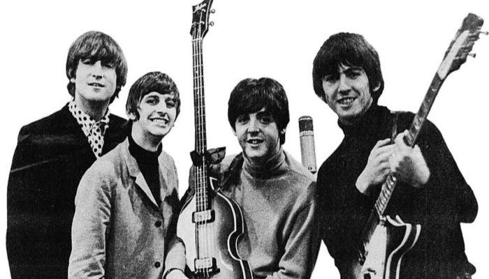 У самого громкого альбома The Beatles день рождения: чего добилась группа