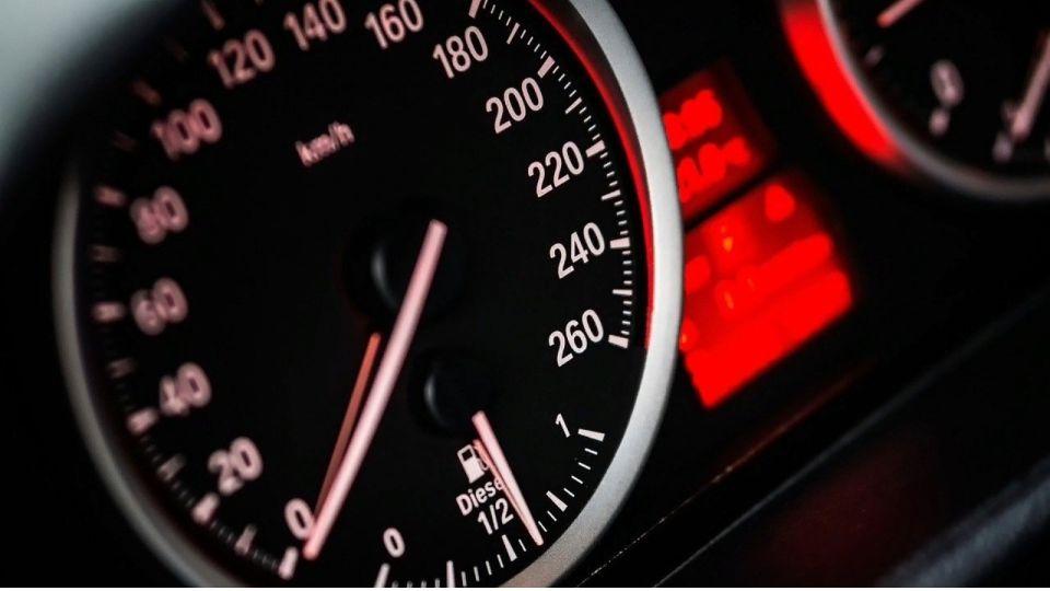 Эксперт рассказал россиянам об особенностях езды на автомобиле за границей