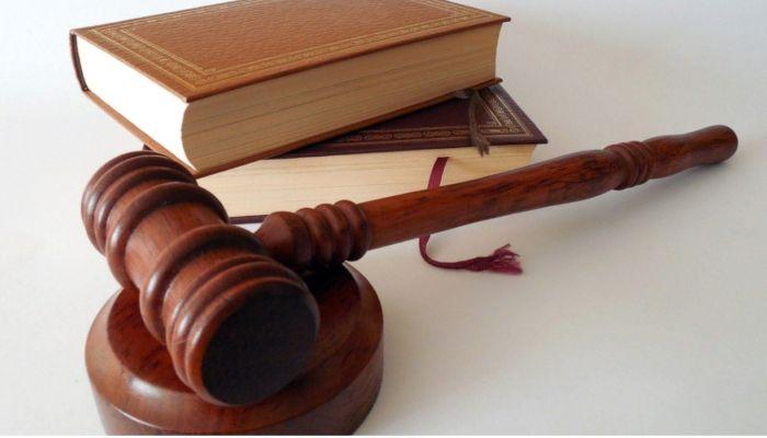 Экс-главу алтайского сельсовета будут судить за хищение казенных денег