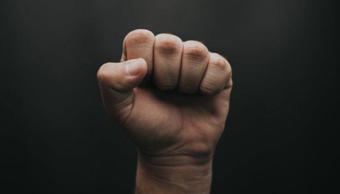 Плохой пример: почему подростки в Камне-на-Оби избили мальчика