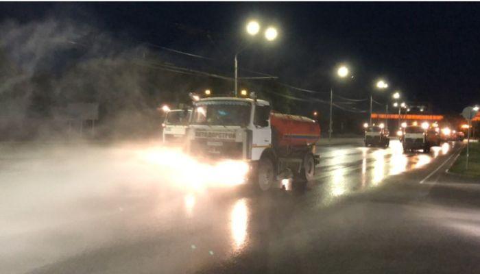 В Барнауле снова дезинфицируют улицы: есть ли в этом толк