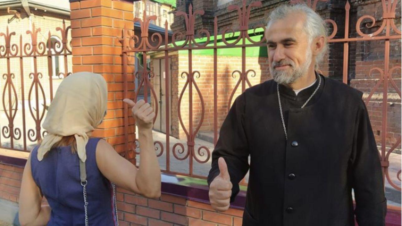 Алтайский священник изгонял бесов из борделя в Барнауле