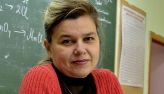 Бедные дети!: в Сибири учительница с трудом сдала ЕГЭ вместе с учениками