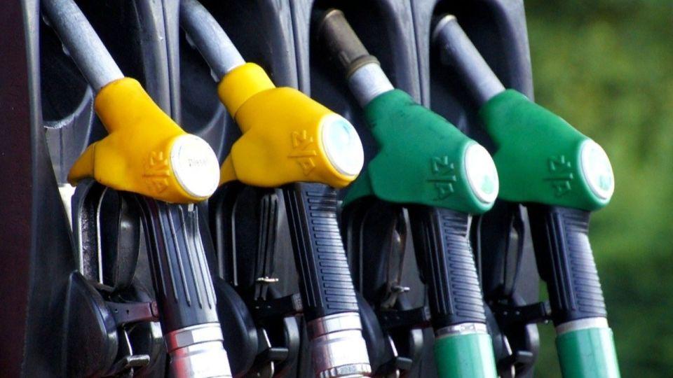 """Россиянам с 20 июля начали компенсировать """"перевод"""" автомобиля с бензина на газ"""