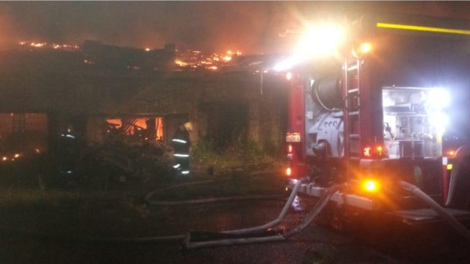 """Пожар на барнаульской спичечной фабрике мог случиться из-за """"заноса огня извне"""""""