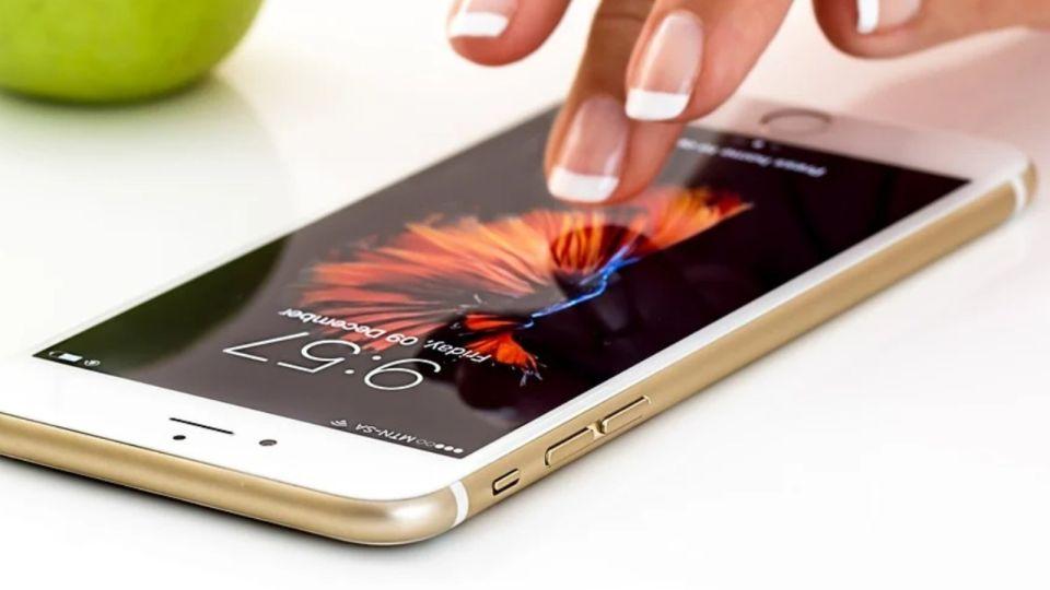 Эксперт рассказала, какие болезни может вызвать смартфон