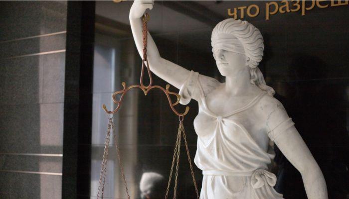 Судья краевого Арбитражного суда получил реальный срок и крупный штраф