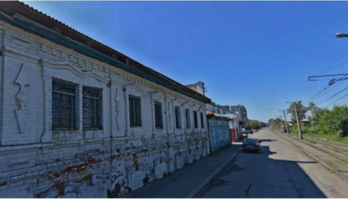 В Бийске выставили на торги 140-летнее нежилое здание