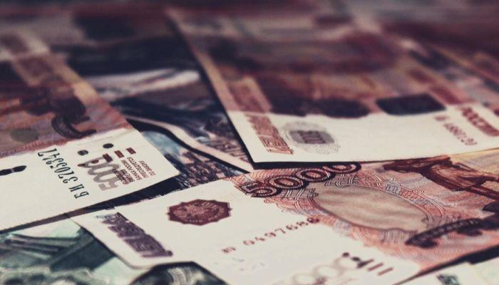 Какие еще выплаты смогут получить россияне летом и осенью