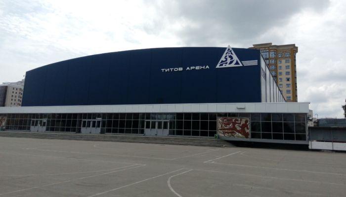 Задержку ремонта фасада барнаульской Титов-Арены оправдали коронавирусом