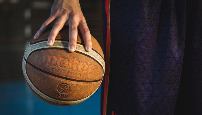 Из баскетбольной команды Барнаул хотят сделать волчью стаю