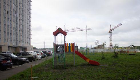 Жернова Демидов-парка. Дольщики долгостроя-гиганта до сих пор на улице
