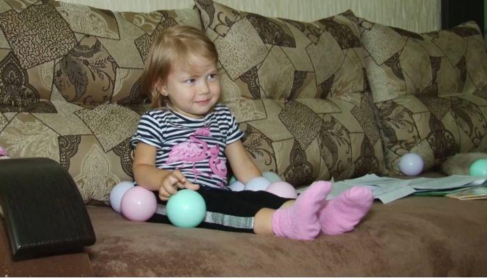 Маленькой Марусе из Барнаула нужна помощь в лечении спинальной мышечной атрофии