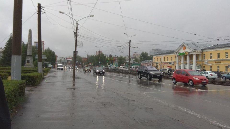 Барнаульцы недовольны работой ливневки на Демидовской площади