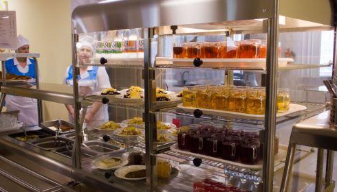 В минобре опровергли информацию, что край не готов кормить младших школьников