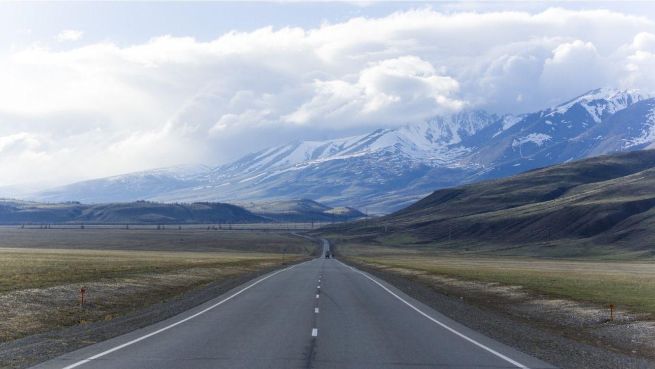 """Увидеть """"Марс"""" и самую красивую дорогу: какие места Горного Алтая нужно посетить"""